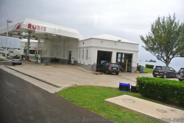 RUBIS gas station on Malabar Road Bermuda.jpg
