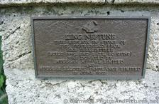 Description plaque for Neptune Statue at National Museum of Bermuda.jpg