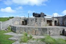 Rotating Heavy Gun at Bermuda Royal Navy Dockyard.jpg